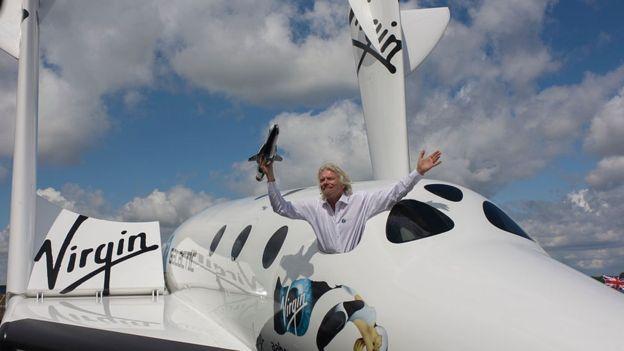 Richard Branson es uno de los millonarios que compite por conquistar el espacio. GETTY