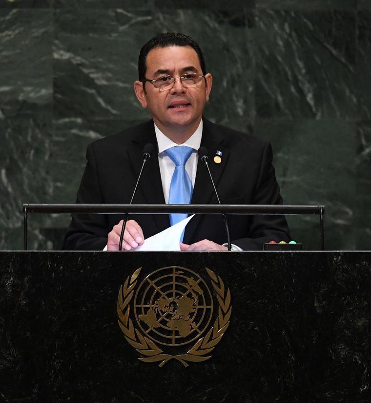 El presidente Jimmy Morales, durante su discruso en la Asamblea General de la ONU, en Nueva York. (Foto Prensa Libre: AFP)