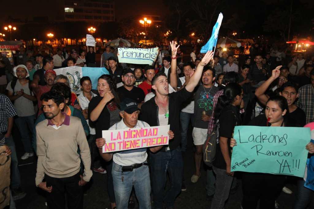 La protesta del 25 de abril duro más de 12 horas.