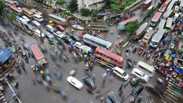 Daca, la capital de Bangladesh, es una de las ciudades más densamente pobladas del planeta. (Foto: Amirul Rajiv)