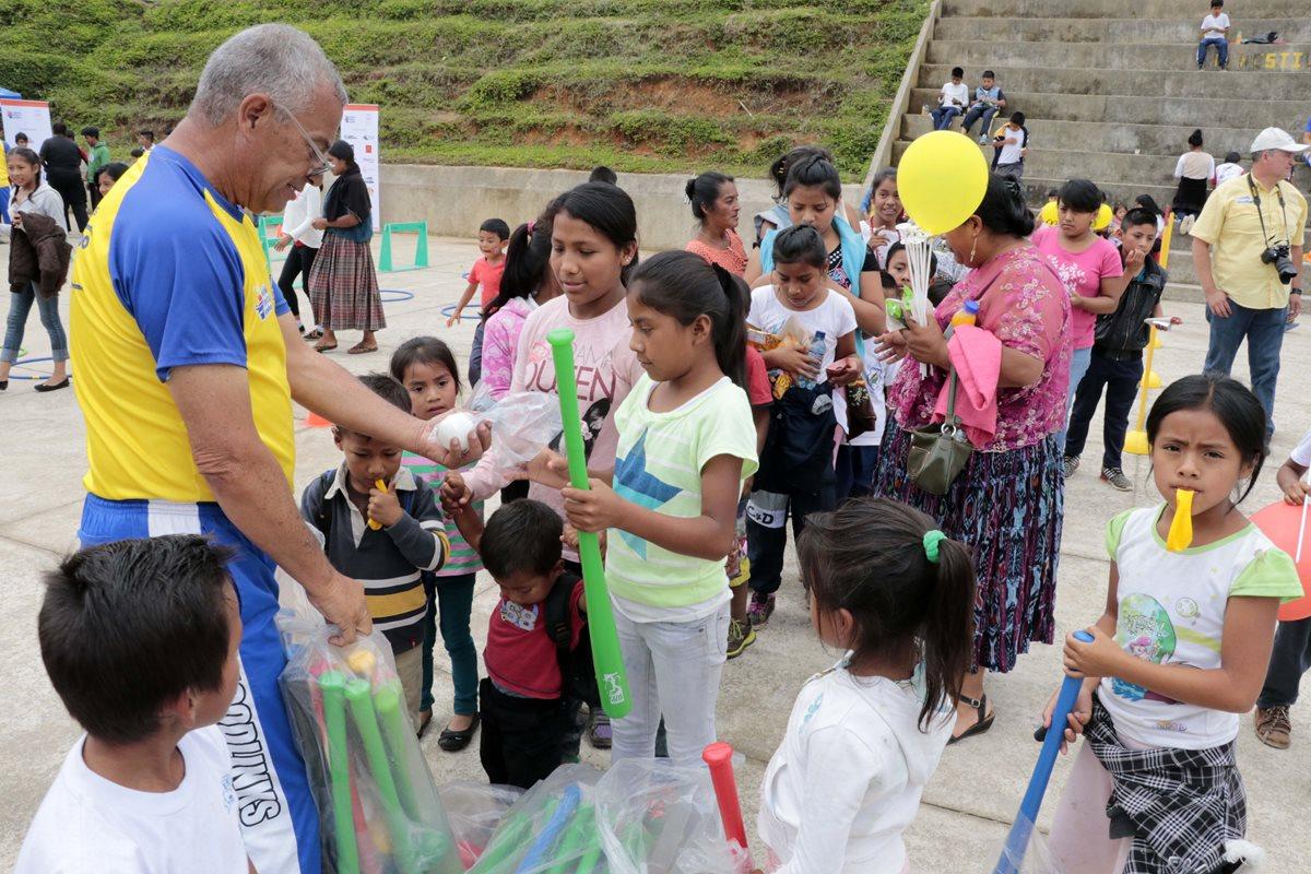 Unos 450 niños y jóvenes de Comunidad Esperanza serán beneficiados con la primera sede de la Fundación Olímpica Guatemalteca. (Foto Prensa Libre: Eduardo Sam Chun)