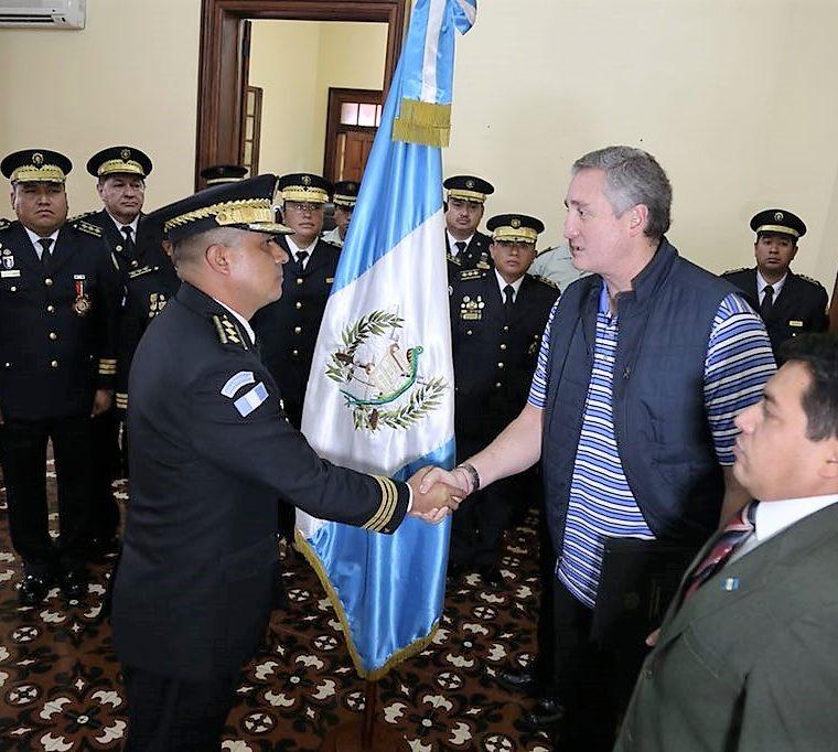 El comisario Rony Mauricio Espinoza fue nombrado director general adjunto de la PNC. (Foto Prensa Libre: Mingob)