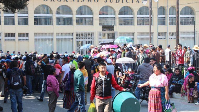 Edificio donde se ubica el juzgado donde se llevó a cabo la audiencia en Totonicapán. (Foto Prensa Libre: Édgar Domínguez).