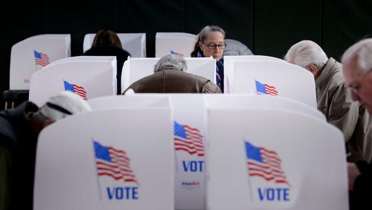 Su nombre no está en papeleta, pero las elecciones serán una evaluación a la gestión de Donald Trump. (Foto Prensa Libre: AFP)