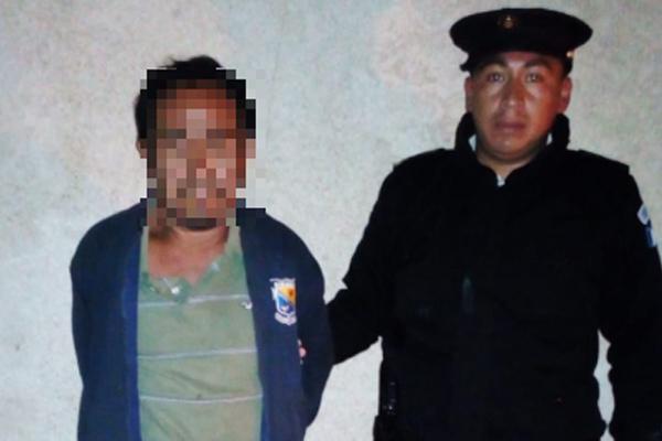 El sospechoso de haber cometido la violación fue capturado en Antigua Guatemala, Sacatepéquez. (Foto Prensa Libre: PNC).