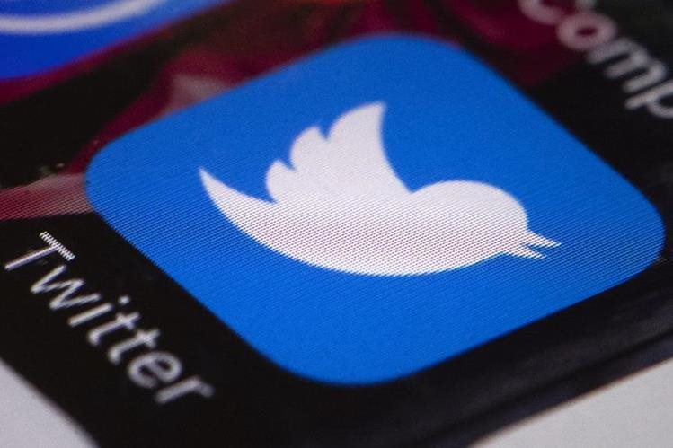 Al menos el 6 por ciento del total de las cuentas de Twitter están congeladas y dejarán de ser tomadas en cuenta como seguidoras de otros usuarios. (Foto HemerotecaPL)