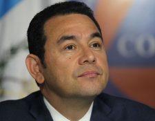Presidente Jimmy Morales comparece ante la prensa con respuestas evasivas después de 46 días de silencio. (Foto Prensa Libre: Érick Ávila)