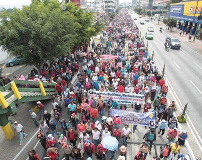El 74% de los sindicatos inscritos durante la gestión de Jimmy Morales fueron públicos, según los registros del Ministerio de Trabajo. (Foto Prensa Libre: Hemeroteca)
