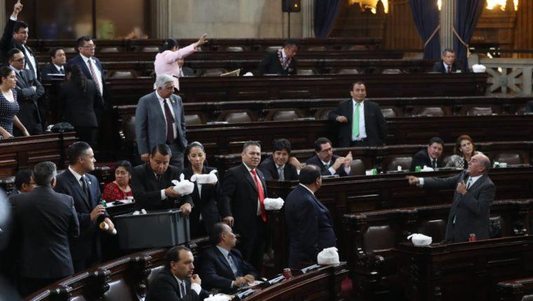Las reformas a la Ley Electoral y de Partidos Políticos se estancó nuevamente en el pleno del Congreso. (Foto Prensa Libre: Esbín García)