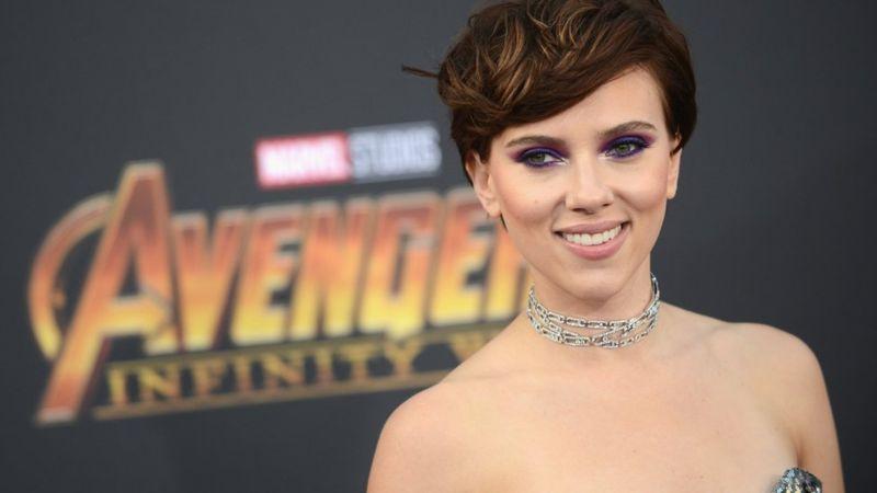Scarlett Johansson es la actriz mejor pagada del mundo, pero ¿cómo se compara su sueldo con el exorbitante salario del actor que más gana?