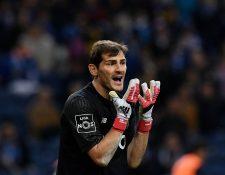 Iker Casillas regresó a la titularidad con el FC Porto el pasado domingo en la liga portuguesa, luego de la goleada del Liverpool a su equipo en la Champions League. (Foto Prensa Libre: AFP)