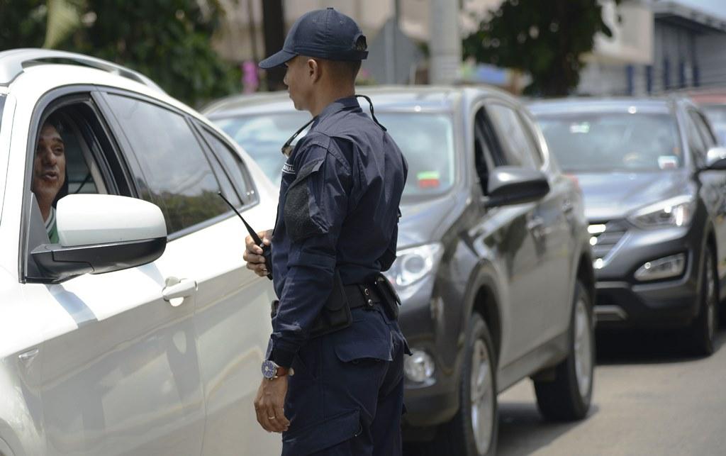 El Gobierno de Panamá creará ley para regular a unos 18,000 guardias privados
