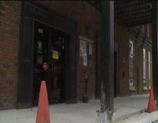 El bar Backstep Brewing Co. fue la escena donde la Policía disparó contra el actor Jim Duff. (Foto Prensa Libre: AP)