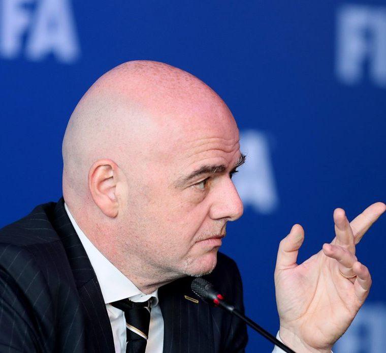 El presidente de la Fifa, Gianni Infantino explicó detalles del VAR. (Foto Prensa Libre: EFE)