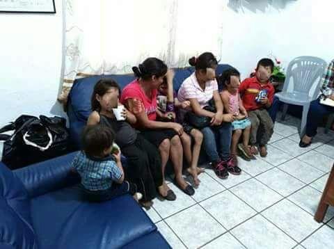 Los menores rescatados fueron resguardados por la Procuraduría General de la Nación. (Foto Prensa Libre: PNC)