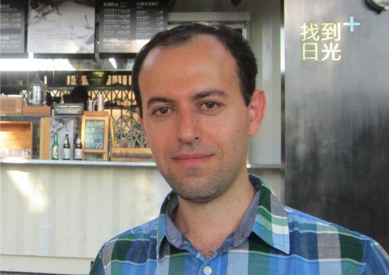 Caucher Birkar nació en Irán pero ahora trabaja en la Universidad de Cambridge. (Foto: Universidad de Cambridge)
