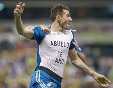 El delantero del Montreal Ignacio Piatti festejó en el estadio Azteca tras anotar un gol. (Foto Prensa Libre: AP).