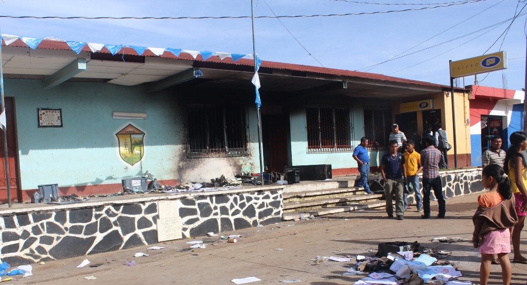 Renuncian integrantes de Junta Electoral Municipal de Conguaco