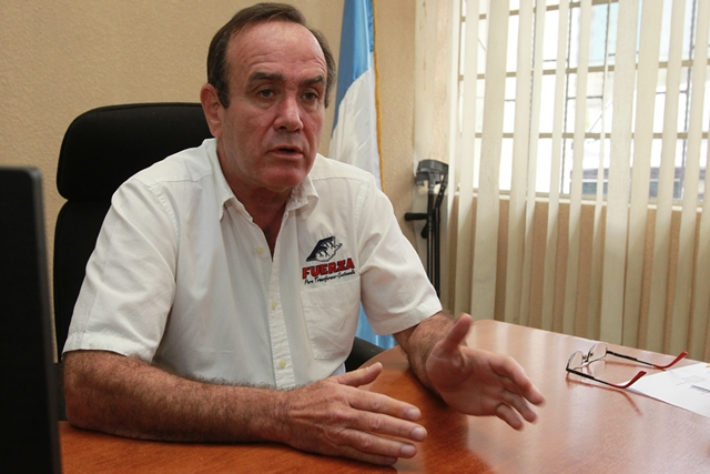 Giammattei es médico de profesión y ahora candidato a la presidencia con el partido Fuerza. (Foto Prensa Libre: Estuardo Paredes)