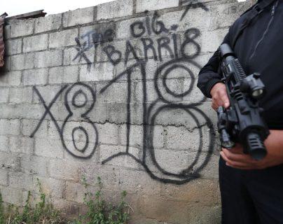 El Gobierno pretende clasificar como terroristas a los pandilleros, grupos criminales que tienen presencia en gran parte del país sobre todo en las ciudades. (Foto Prensa Libre: Hemeroteca PL)