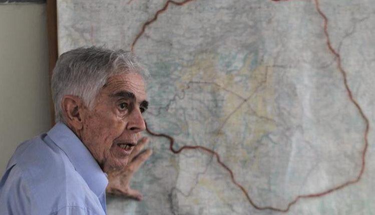 Jorge Erdmenger fue el encargado de hacer los estudios topográficos del trazo del Anillo Regional, en el año 2000. (Foto: Hemeroteca PL)