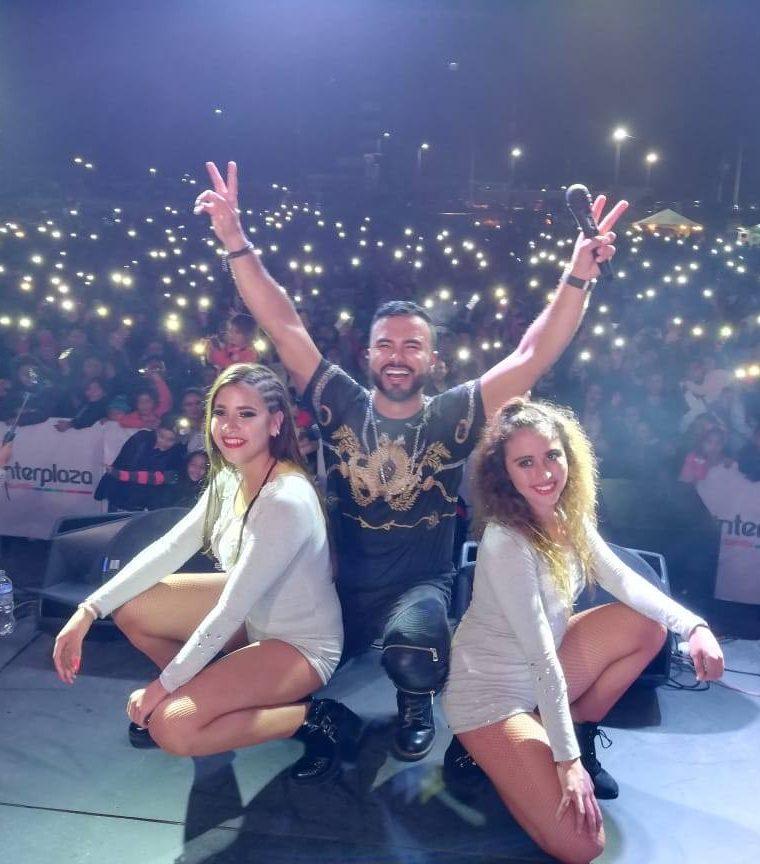El cantautor Hancer Pérez se presentó en un concierto en Interplaza Xela. (Foto Prensa Libre: Cortesía)