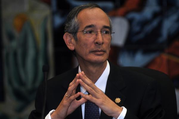 ¿Regresará a prisión? Sala da revés a arresto domiciliario de Álvaro Colom por caso Transurbano