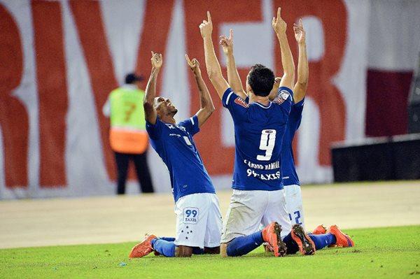 Cruzeiro vence 1-0 a River Plate en la ida de cuartos de final de la Libertadores