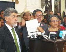 La iniciativa fue presentada a Dirección Legislativa del Congreso por la bancada Convergencia. (Foto Prensa Libre: Jessica Gramajo)