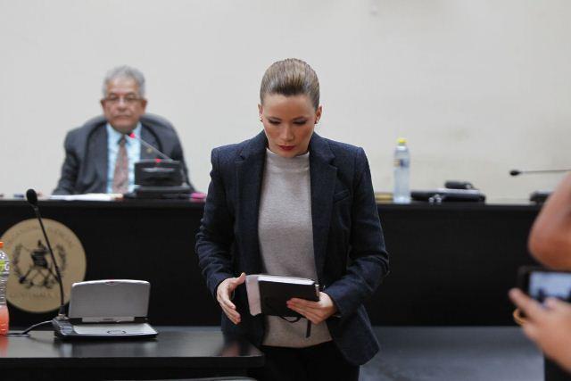 Daniela Beltranena durante su audiencia de ampliación de declaración ante el juez Miguel Ángel Gálvez. (Foto Prensa Libre: Paulo Raquec)