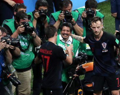 Croacia invita al fotógrafo salvadoreño Yuri Cortez a unas vacaciones
