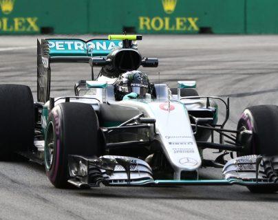 El piloto alemán, Nico Rosberg fue el más rápido en el GP de Singapur. (Foto Prensa Libre: AFP)