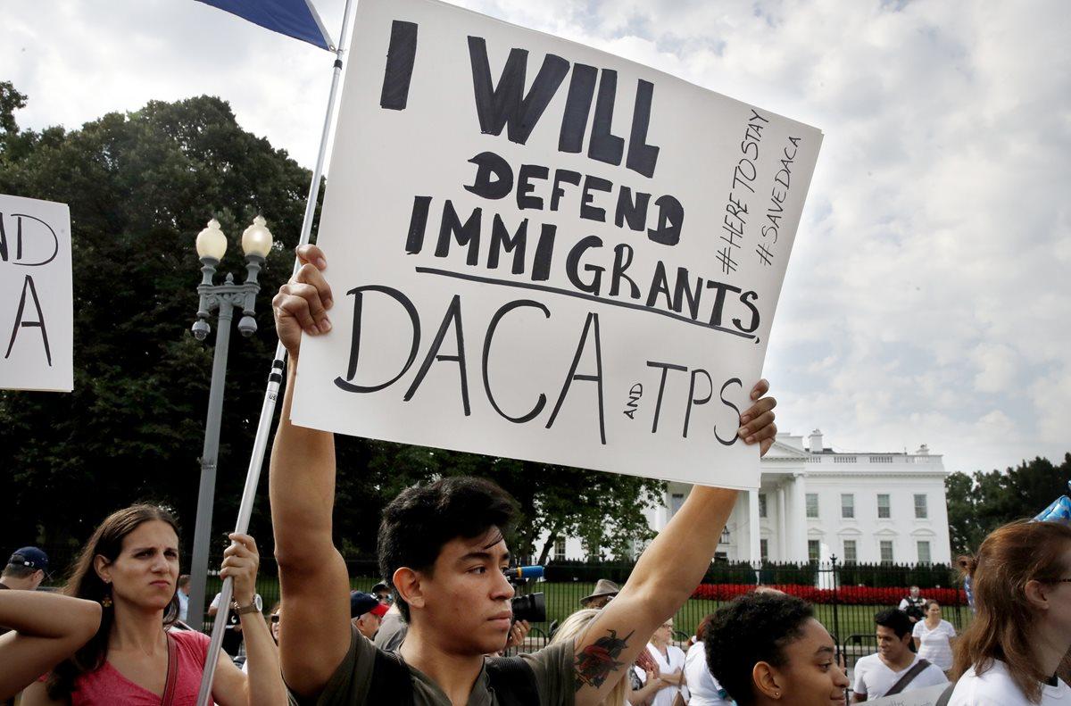 """""""Soñadores"""" de Arizona emigran a otros estados para pagar la universidad"""