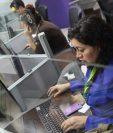 Según el Banco Mundial la industria de Call Center en Guatemala genera alrededor de 42 mil empleos directos y 126 mil indirectos. (Foto Prensa Libre: Hemeroteca)