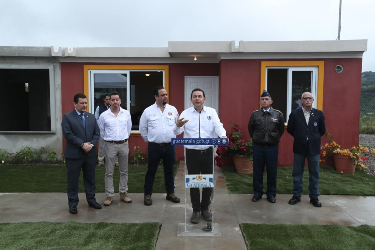 El presidente Jimmy Morales asegura que el país no acepta condiciones de otros países. (Foto Prensa Libre: Esbin García)