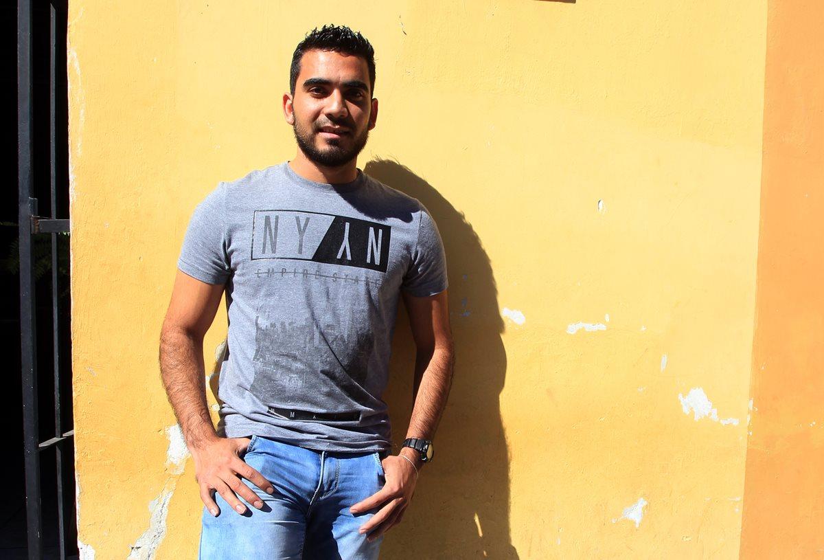 Exportero de Antigua GFC, Víctor Ayala le hace frente a la vida