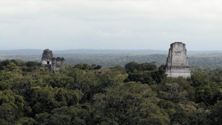 La exposición Tesoros del espíritu Maya a través del tiempo, abre el 22 de este mes, en Arce Centro Paíz, zona 1 de la capital. Mostrará admirables piezas históricas mayas, así como textiles tradicionales y obras pictóricas de reconocidos artistas visuales guatemaltecos contemporáneos. Foto Prensa Libre: EFE