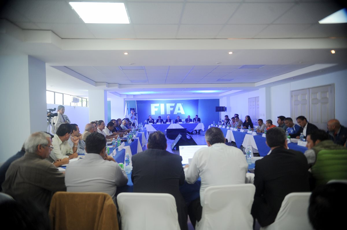 ¡Oficial! Fifa suspende al futbol guatemalteco