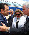 El mandatario fue recibido por el canciller israelí, Misrad HaHutz. (Foto Prensa Libre: Cancillería de Israel)