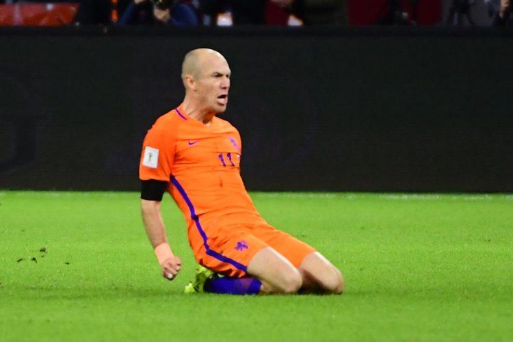 Arjen Robben será una de las estrellas a extrañar en Rusia. (Foto Prensa Libre: AFP).