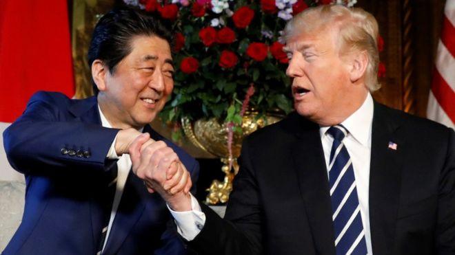 Trump habló de los contactos con Corea del Norte tras una reunión con el primer ministro japonés, Shinzo Abe. REUTERS