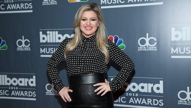 Kelly Clarkson será la presentadora de los premios Billboard 2018. Esta será la primera vez que la cantante asuma este rol. (Foto Prensa Libre: AFP).