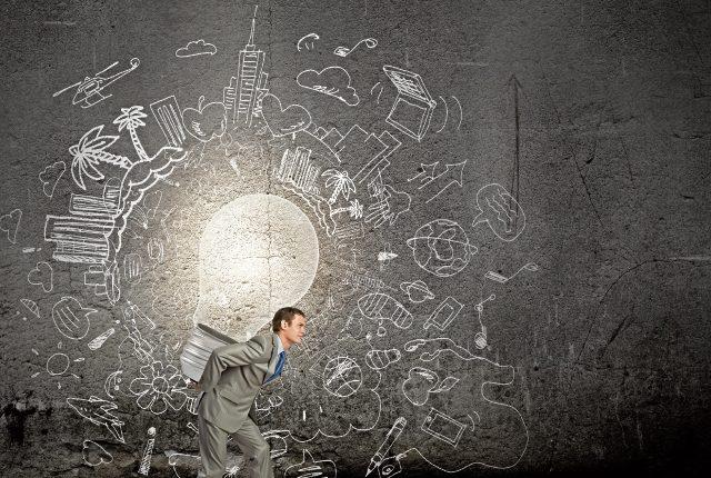 Un emprendedor es alguien que toma riesgos lógicos y atiende su pasión.