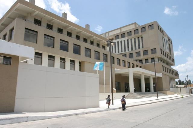 Cheves Escobar estaba asignado a una Fiscalía del Ministerio Público en la ciudad capital. (Foto Prensa Libre: Hemeroteca PL)