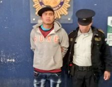 Salomón Tahay López fue capturado por hurto agravado en Quetzaltenango y huyó cuando era trasladado a un centro preventivo. (Foto Prensa Libre: PNC)