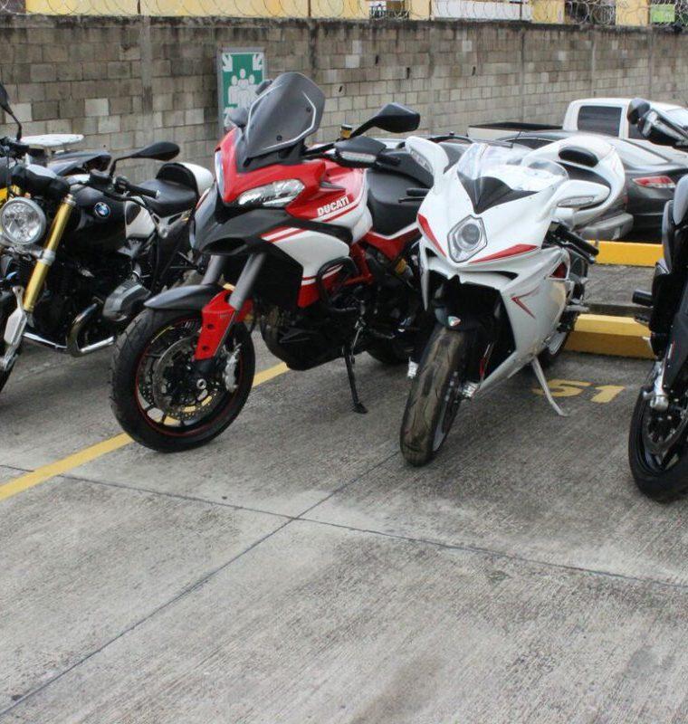 Juan Carlos Monzón, quien fue secretaria privado de  la exvicepresidenta Roxana Baldetti, tiene varias motocicletas a nombre de la entidad Tekni Deportes, S. A. (Foto, Prensa Libre: MP)