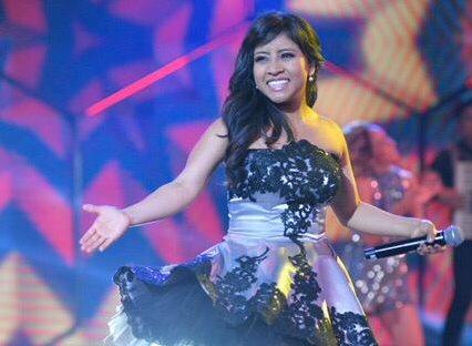 La cantante Paola Chuc, ganadora de La Academia 2018, regresará el sábado al país. (Foto Prensa Libre: cortesía)