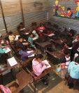 La inversión en infraestructura escolar es escasa; la mayor parte del presupuesto va a salarios. (Foto Prensa Libre: Hemeroteca PL)