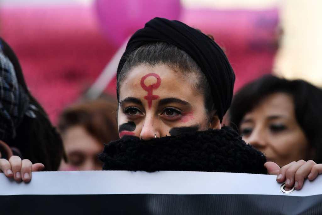 Otro tipo de violencia contra la mujer es la trata de personas que se incrementa día con día.