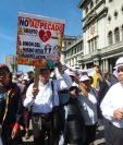 Evangélicos se concentran en favor de los valores concentrados en la familia, rechazan el aborto entre otras. (Foto Prensa Libre: Álvaro Interiano)